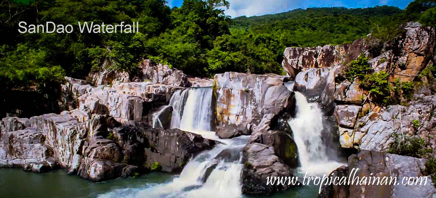 Yanoda rainforest Waterfall