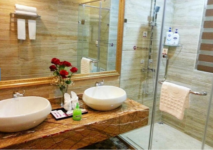 Wenchang Coconut Grove Herton Seaview Hotel Bathroom