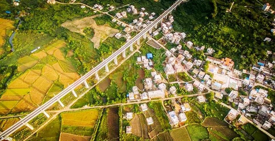 Hainan's high speed train