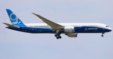 Boeing-787-9-Dreamliner
