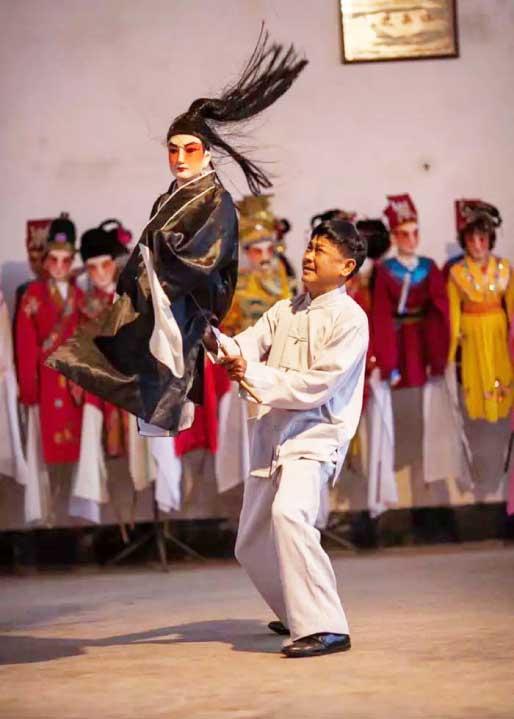 Lingao-puppet-show
