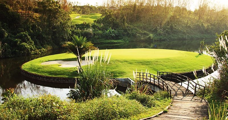 Hainan island golf courses and resorts haikou area