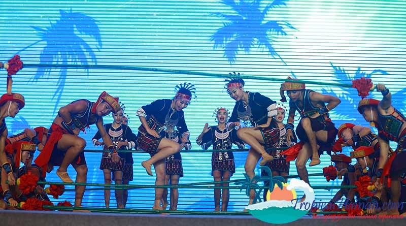 Hainan-International-Bamboo-Dance-Championship-(11)