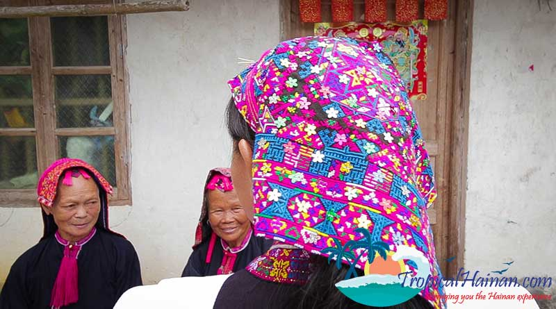 Miao-People-headdress
