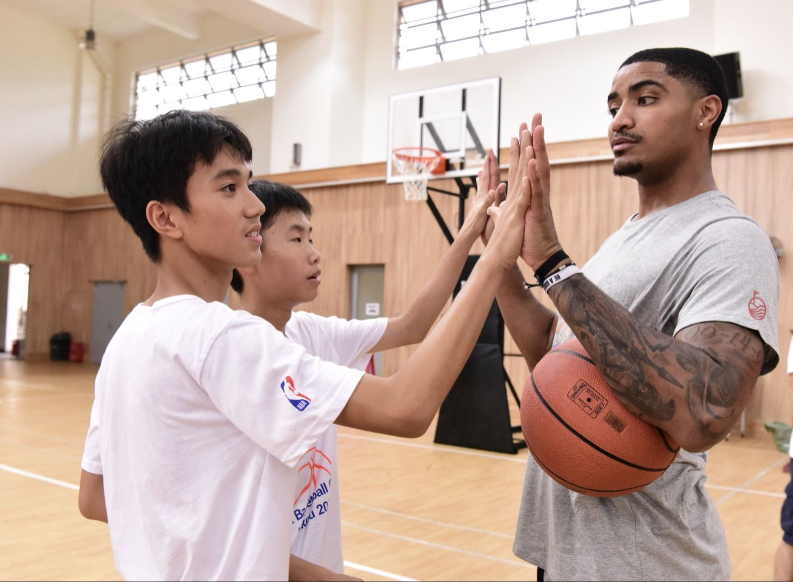 NBA STAR GARY HARRIS THRILLS LOCAL KIDS AT BASKETBALL CAMP IN HAINAN, CHINA 4