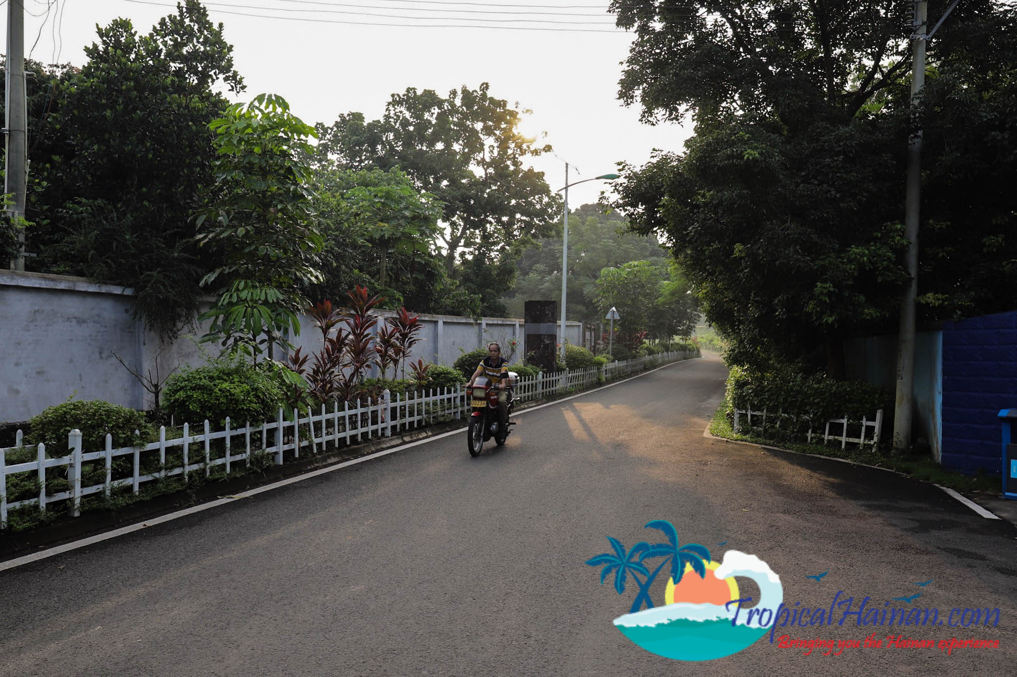 Discover the Haikou Countryside by Bicycle Hainan Island Chain (6 of 11)