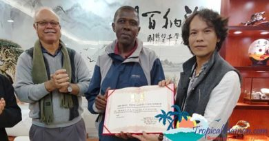 Qiongtai Normal University names Seychellois as special expert for coconut carving