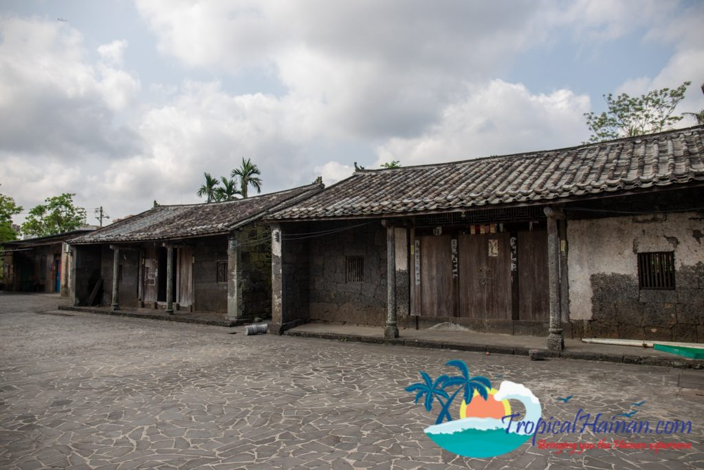 A maze of volcanic stone, discover Mei xiao village (16)