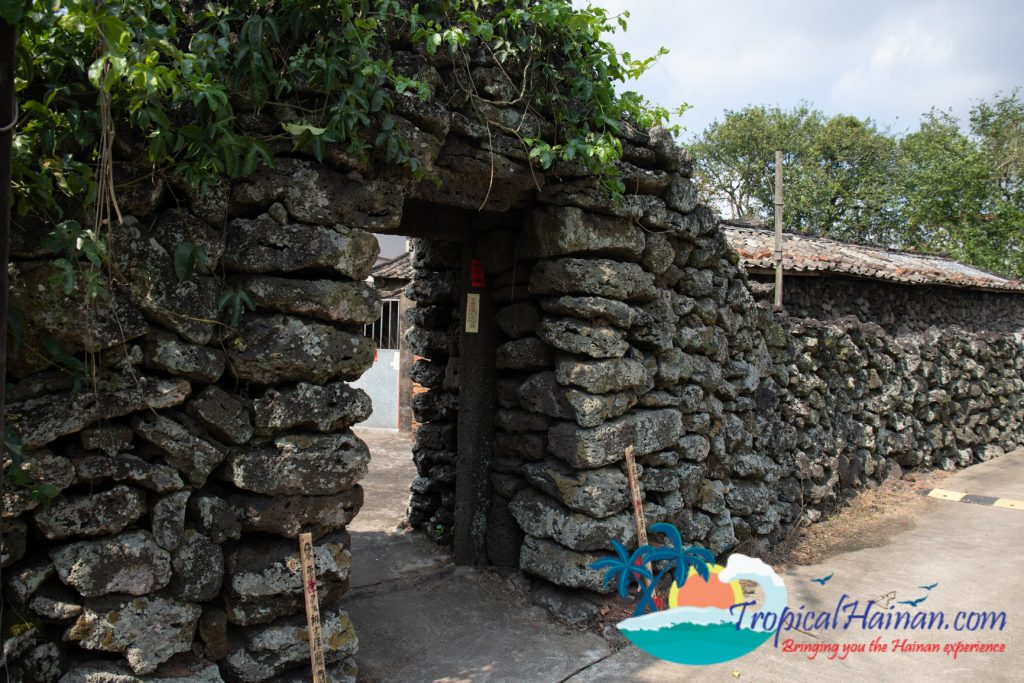 A maze of volcanic stone, discover Mei xiao village (33)