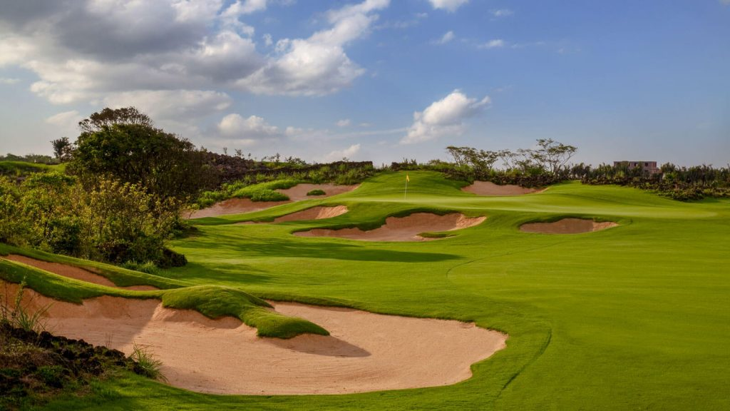haikou-lava-fields-course