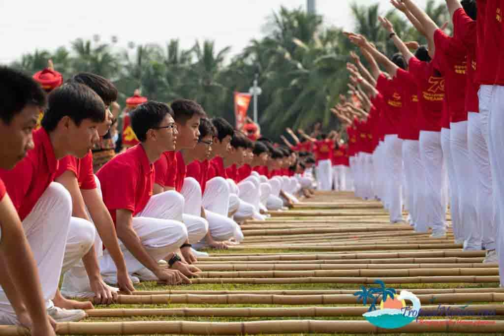Bamboo dance 7