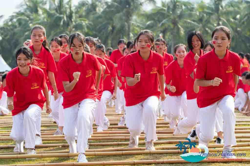 Bamboo dance 8