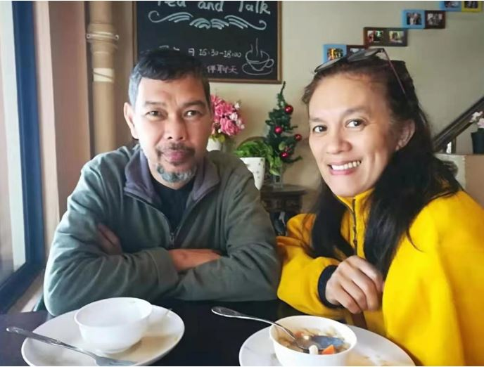 The porch cafe Haidian dao haikou owners Lena and her husband Piody
