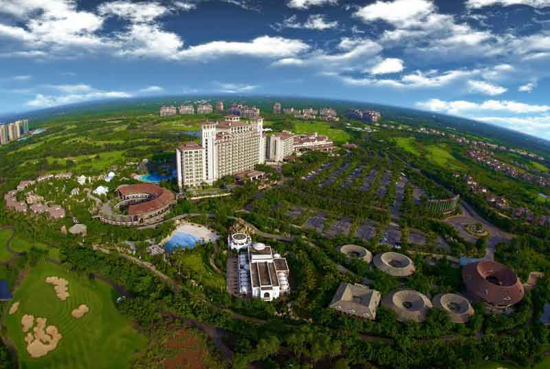 Photo caption 3 – Overview of Mission Hills Haikou