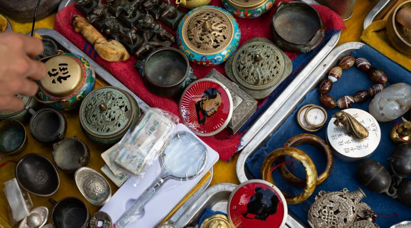 Antiques Market January 2020