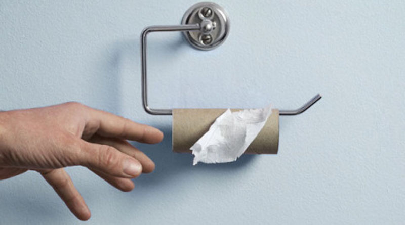 What on earth's going on with the toilet paper (5)