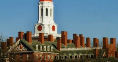 Harvard University opens more free online courses