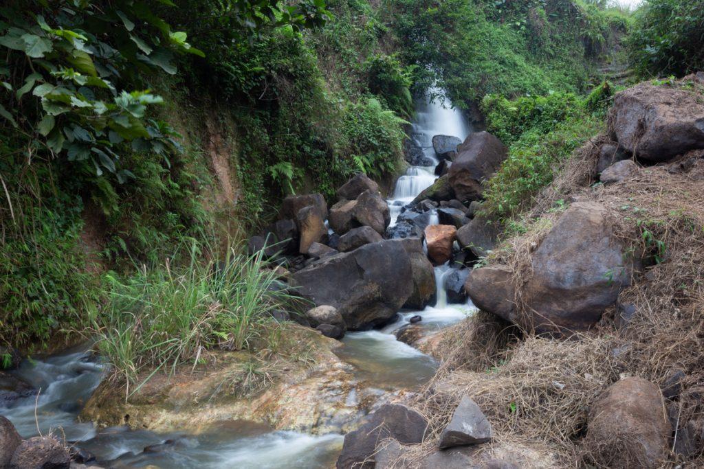 Ju ren waterfall lingao