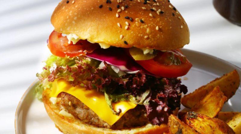 Burger in Haikou Zeus diner