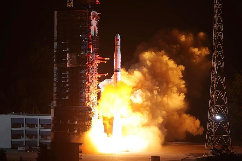 relay satelite