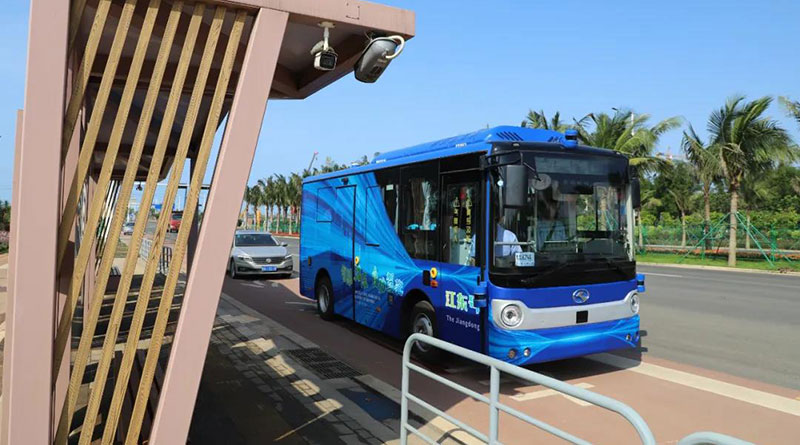 The-autonomous-driving-bus-had-made-the-first-trial-run-in-Haikou-Jiangdong-New-Area9