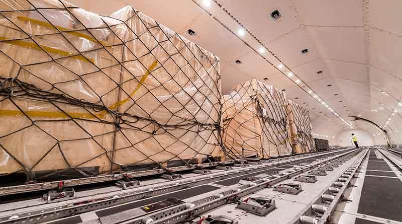 air-cargo-freighter